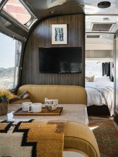 46 Wonderful Glamper Camper Trailer Remodel - Modern Home Design Airstream Remodel, Airstream Renovation, Airstream Interior, Airstream Trailers, Airstream Decor, Airstream Living, Travel Trailers, Airstream Rental, Airstream Bathroom