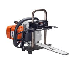 Accurately turn logs into finished boards and planks with the selection of this durable Logosol Portable Sawmill Kit. Portable Saw Mill, Barn Shop, New Shop, Chainsaw, Plank, Outdoor Power Equipment, Kit, Google, Furniture