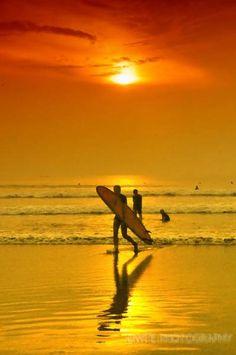 Surfen op Kuta Beach