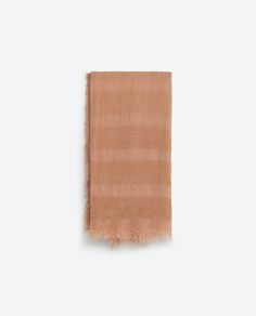 Image 4 of TEXTURED WEAVE SCARF from Zara