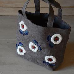 the linen bird 手芸のNew 『WOOL STITCH』 トートバッグキットのページです。リネンの生地や製品、お洋服。器やかごなどの生活雑貨。フランス菓子もお届けします。