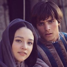 Olivia Hussey as Juliet and Leonard Whiting as Romeo