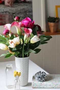 Için çiçekler: Şirket fazla olması!
