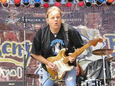 Picture of Walter Trout — Photo taken by Jim Bale