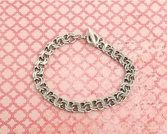 Sterling silver double link curb chain bracelet with toggle closure, 14 grams by CardCurios on Etsy Link Bracelets, Absolutely Gorgeous, Sterling Silver Bracelets, Closure, Chain, Etsy, Vintage, Jewelry, Jewlery