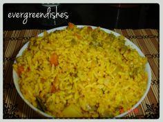 Hyderabad Biryani - Ever Green Dishes Vegetarian Rice Dishes, Vegetarian Platter, Recipe Community, Rice Bowls, Biryani, Food Blogs, International Recipes, Hyderabad, Indian Food Recipes