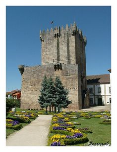 Castelo de Chaves is a castle in Portugal. It is classified as a National Monument.