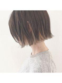 Baco. 【バコ】インナーカラーとオリジナルグレーの切りっぱなしボブ【Baco.】