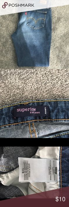 Levi jeans last drop In GREAT shape. Feel free to ask questions priced to sell Levi's Jeans