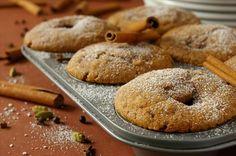 Praline-Cinnamon Muffins. Photo by Thorsten