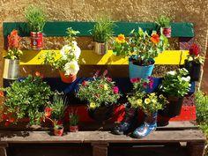 καρυδότσουφλο : Παλέτα με λουλούδια!