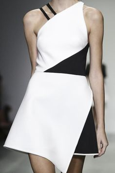 Asymmetrical Dress - bold black & white fashion details // David Koma S/S 2015