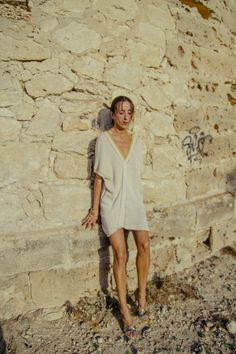Sexy AGORA Hand woven KAFTAN dress in Golden crochet · Pure linen and Viscose - Mèrit Orlando · Handcrafted in Ibiza Author Slowfashion Slow Fashion, Boho Dress, Ibiza, Orlando, Organic Cotton, Hand Weaving, Cover Up, Author, Kaftan