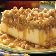 Apple Crisp Cheesecake. might already pinned...but looks 2 good not to pin