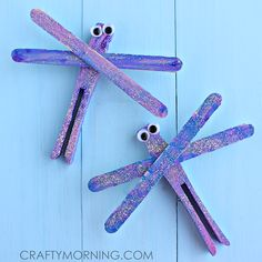 Beautiful Popsicle Stick Dragonflies | This spring, why not make a few popsicle stick crafts that will show the kids how lovely it can be when you get creative?