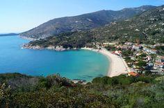 Cavoli – Einer der wenigen Sandstrände auf Elba. Mit guter Anbindung und klarem Wasser.
