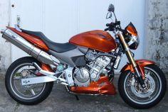 SABOT MOTEUR SPACE | CB 600 HORNET (2003/2006) Cb 600 Hornet, Honda, Artisanal, Motor Engine