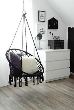 You.home's favorite things - du.zuhause's Lieblingsdinge A hanging chair becomes a favorite place # black and white # armchair # wicker # hanging Hammock Chair, Hanging Chair, My New Room, My Room, Decor Room, Bedroom Decor, Home Decor, Black And White Sofa, White Armchair