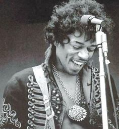 ( love him, Jimi Hendrix, probably one day ill call my son like you haha )