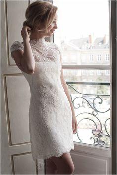 Short chic wedding dress in Paris