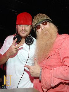 Kid Rock and Billy Gibbons of ZZ Top at JET Nightclub/ these two are my all time favorites. Zz Top Band, Billy Gibbons, The Boogie, Odd Couples, Boogie Woogie, Kid Rock, Rock Music, Music Music, Pink Floyd