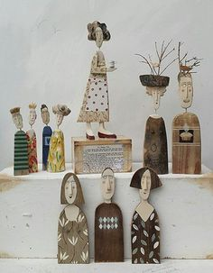 leaving home Wood Crafts, Diy And Crafts, Arts And Crafts, Paper Crafts, Ceramic Figures, Ceramic Art, Paper Dolls, Art Dolls, Clay Design