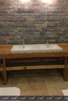 Amazing Sch nes Badezimmer aus Travertin Crema wohnrausch travertin natursteine bathroom bad modern antik B der aus Naturstein Pinterest d