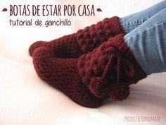 crochet crochet paso a paso Free idea Crochet Leg Warmers, Crochet Socks, Crochet Beanie, Crochet Gifts, Crochet Scarves, Crochet Clothes, Easy Crochet, Crochet Lace, Crochet Flowers