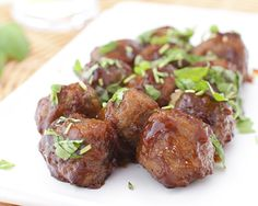These Crock Pot Party Meatballs are always a hit. Easy to make with only 3 ingredients, frozen meatballs, grape jelly and BBQ sauce! Roaster Oven Recipes, Slow Cooker Recipes, Crockpot Recipes, Cooking Recipes, Game Recipes, Hamburger Recipes, Oven Cooking, Easy Cooking, Meat Recipes