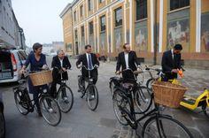 prime minister on bike to queen - Google zoeken