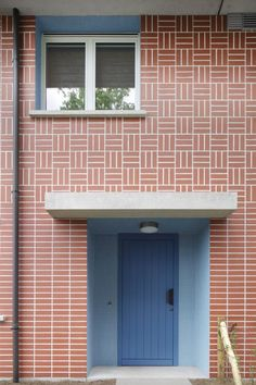 Architectenbureau Bart Dehaene Brick Design, Facade Design, Brick Facade, Facade House, Brick Projects, Arch Building, Exterior Tiles, Apartment View, Glazed Brick