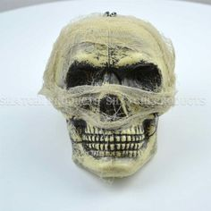 Gifts 4 All Occasions Limited Halloween Pirate Skull Flashing LED Light Multi Colour Party Decorations Halloween Skull, Halloween Masks, Scary Halloween, Halloween Decorations, Halloween Party, Party Wholesale, Pirate Skull, Skull Decor, Light Up