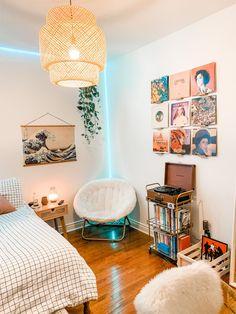Room Design Bedroom, Room Ideas Bedroom, Diy Bedroom Decor, Bedroom Inspo, Dorm Room Designs, Retro Bedrooms, Retro Room, Cute Room Decor, Simple Room Decoration