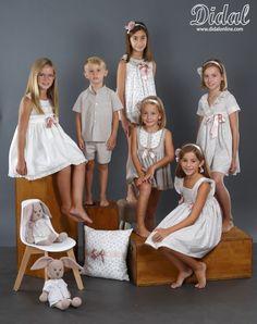 COLECCION COMUNION 2018 Cute Flower Girl Dresses, Cute Little Girl Dresses, Cute Little Girls, Girls Dresses, Baby Girl Fashion, Kids Fashion, Childrens Pyjamas, Barefoot Kids, Vintage Lingerie