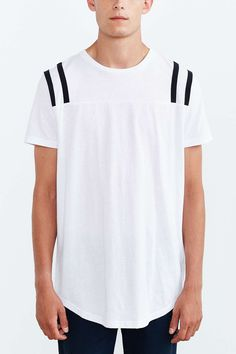The Narrows Shoulder Stripe Sleeve Tee - Urban Outfitters