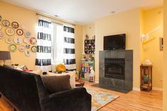 House Tour: A Compact, Colorful Chicago Rental | Apartment Therapy