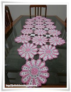 Bel de Pano: Caminho de mesa de crochê