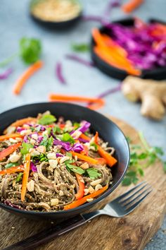 Spicy Peanut Soba Noodles with Veggies from Healthy Happy Vegan Kitchen Healthy Pasta Recipes, Veggie Recipes, Asian Recipes, Ethnic Recipes, Veggie Food, Veggie Spring Rolls, Spicy Peanut Sauce, Happy Vegan, Soba Noodles
