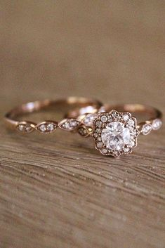Vintage Wedding Rings For Brides Who Love Classic ❤ vintage wedding rings rose gold halo round cut diamond ❤ More on the blog: https://ohsoperfectproposal.com/vintage-wedding-rings/ #WeddingRing #weddingringsgoldjewellery