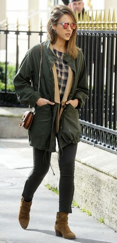 Tan army boats outfit skinny jeans 70 ideas for 2019 Fall Outfits, Casual Outfits, Cute Outfits, Fashion Outfits, Womens Fashion, Winter Fashion Casual, Autumn Winter Fashion, Winter Wear, Winter Style