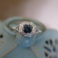 Vintage 18KT White Gold 1950s Cornflower Blue 0.50ct Round Blue Sapphire Filigree Engagement Wedding Ring Heirloom Jewelry