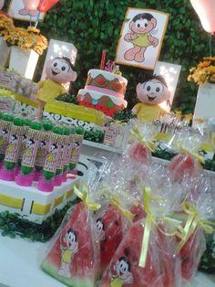 Nossos agradecimentos a linfa Francini, amamos o desafio ! Ficou tudo lindo e especial. By Engenheiras da Festa - 30.04.2015 #Magali #F... Tropical Party, Malu, Gingerbread, Party Themes, Picnic, Alice, Birthday Parties, Gift Wrapping, Christmas Ornaments