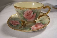 http://sarahhamiltonsoundslikethis.files.wordpress.com/2010/10/teacup.jpg