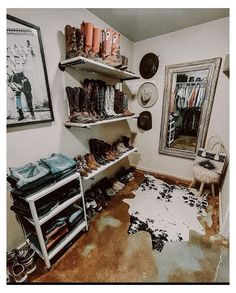 Western Bedroom Decor, Western Rooms, Cute Bedroom Decor, Cute Bedroom Ideas, Room Ideas Bedroom, Country Teen Bedroom, Western House Decor, Western Office, Country Western Decor