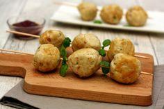 Boulettes de poulet aux noix de cajou, parmesan et basilic. A la poêle ou au four, ou en brochette pour une cuisson à la plancha ou barbecue!