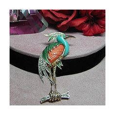 Vintage heron bird brooch/pin. UNSIGNED HATTIE CARNEGIE ($235) ❤ liked on Polyvore featuring jewelry, brooches, rhinestone jewelry, pin brooch, vintage broach, crown jewelry and rhinestone brooches