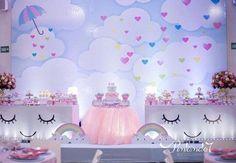 Genteere, achei maravilhosa essa inspiração para festa com o tema chuva de amor. #FestaChuvaDeAmor #DecorChuvaDeAmor #ConviteChuvaDeAmor #FestaDeMenina #ChuvaDeAmor #DecoraçãoChuvadeAmor Rainbow Birthday, Unicorn Birthday Parties, Birthday Balloons, Unicorn Party, Baby Birthday, First Birthday Parties, Birthday Ideas, Cloud Party, Gender Party