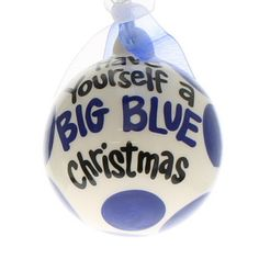Kentucky Wildcats Ornament. I want to make one like this with red for Louisville cardinals