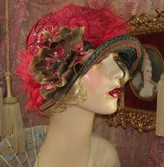 1920'S VINTAGE DOWNTON GATSBY BLACK BROWN & RED BEADED FLORAL CLOCHE FLAPPER HAT