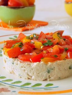 tomato tartare with tuna rillettes Best Lunch Recipes, Healthy Juice Recipes, Healthy Juices, New Recipes, Cooking A Roast, Easy Cooking, Cooking Tips, Polenta Vegan, Diet For Children
